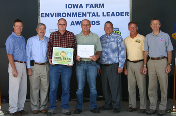 Norby's receive the Iowa Farm Environmental Leader award